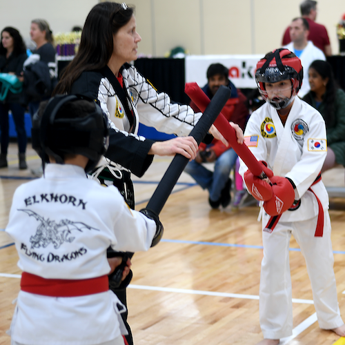 Padded weapons sparring at tournament